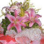 Pink Lilies Bouquet close