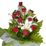 Red Roses Lily Bouquet close