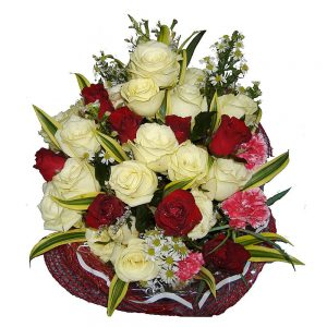 Red & white Roses in a mixed bouquet