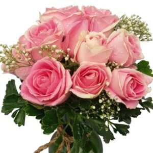 Pink Roses in a vase, close up