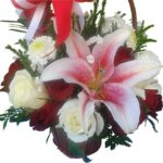 lily & roses basket close