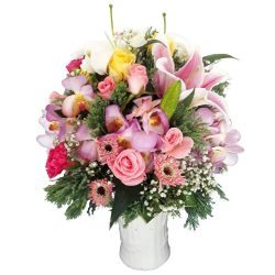 Special Mixed Vase with Lily, Chrysanthamum and Roses