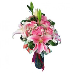 Lilies and pink Roses in a vase