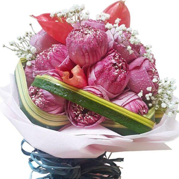 Koh Samui Florist favorite, pink Lotus Lilies in a bouquet, close up